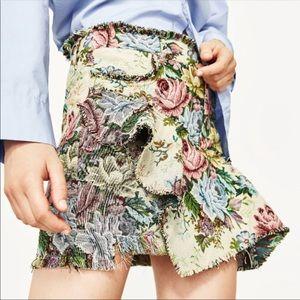 Zara floral tapestry jacquard ruffle mini skirt S
